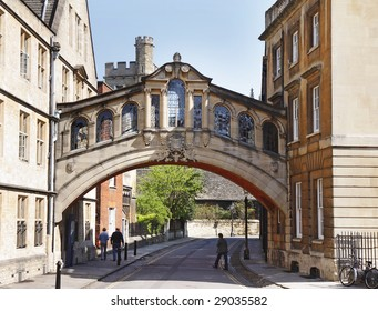 The Historic Bridge of Sighs in Oxford City, England