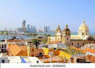 Historisches Zentrum von Cartagena, Kolumbien mit Karibischem Meer auf zwei Seiten sichtbar