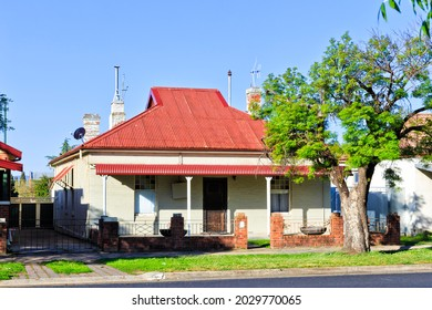 Historic charismatic house on quiet street of Bathurst town in regional outback Australia on a sunny day.