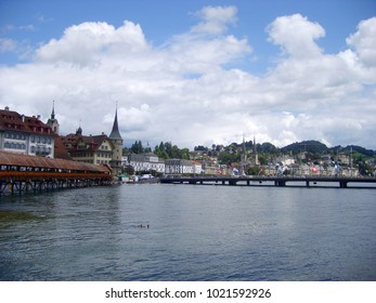 Historic city center of Lucerne with beautiful Chapel Bridge and lake Vierwaldstattersee, Luzern, Switzerland