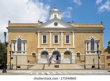 The historic Exchange and Provost Dungeon, built between 1769 and 1772, in Charleston, South Carolina.