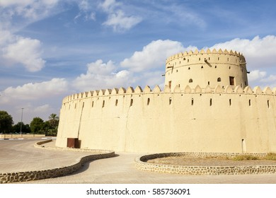 Historic Hili fort in the city of Al Ain. Emirate of Abu Dhabi, United Arab Emirates, Middle East