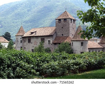 historic manor in northern italy
