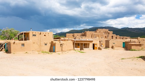 Historic Taos Pueblo, indian reservation, Unesco World Heritage, National Historical Landmark, New Mexico, USA