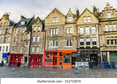 Historic Town Houses and Colourful Shopfronts in Edinburgh Old Town
