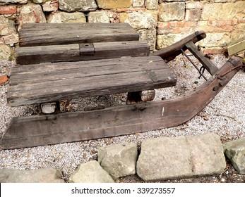 Historical sleds The historic wooden sleigh on bedrock czech republic