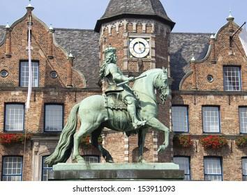 Historical statue of Johann Wilhelm made by sculptor Gabriel Grupello in 1703, on the Marktplatz in Dusseldorf, Germany