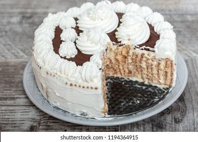 Hmemade Cake Vanilla and Chocolate