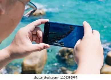 Ho Chi Minh city / Vietnam - Review smartphone Honor 10
