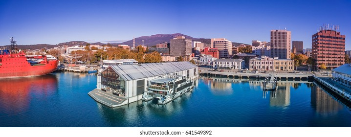 Hobart waterfront, Mount Wellington, Tasmania.