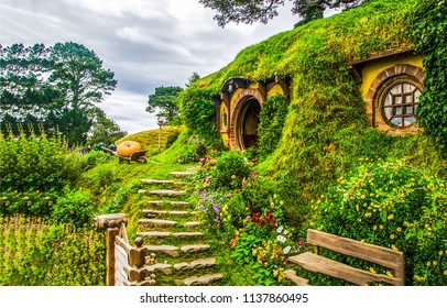 Hobbit house in Hobbiton from Tolkien's Lord of the Rings, New Zealand