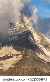 """The """"Hoernlihuette"""" on the North-Eastern Ridge of the Matterhorn"""