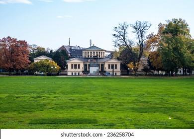 Hofgarten park and Arts museum (Kunstmuseum) in Bonn, Germany