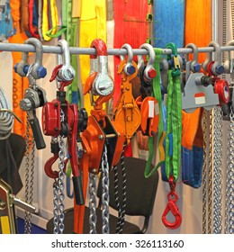 Hoists and Shackles Safety Tools for Lifting Equipment