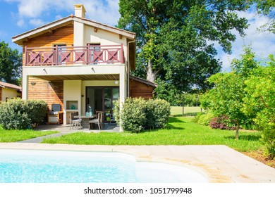 Holiday house with pool luxury with porch and beautiful plants