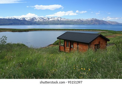 Holiday hut with a view near the whale watching town of Husavik in Iceland
