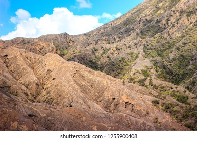 Holliday Background mountain