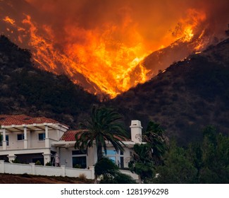 Holly Fire California House threatened