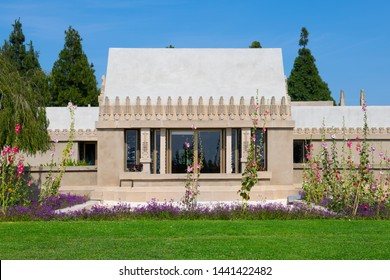 Hollyhock House was built in 1922 by Frank Lloyd Wright in Los Angeles, California, USA. This house was added to UNESCO World Heritage Site since 2019.