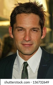 """HOLLYWOOD - APRIL 17: Enrique Murciano at the Los Angeles Premiere of """"The Lost City"""" at Arclight Cinerama Dome on April 17, 2006 in Hollywood, CA."""