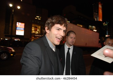 "HOLLYWOOD, CA- FEBRUARY 8: Actor Ashton Kutcher arrives at the world premiere of the movie ""Valentine's Day"" held at The Chinese Theater, February 8, 2010 in Hollywood, CA."