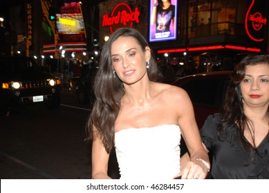 """HOLLYWOOD, CA- FEBRUARY 8: Actress Demi Moore arrives at the world premiere of the movie """"Valentine's Day"""" held at The Chinese Theater, February 8, 2010 in Hollywood, CA."""