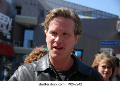 HOLLYWOOD, CA-JUNE 12: Actor Cary Elwes (center) attends the premiere of 'Mr. Popper's Penguins' at Grauman's Chinese Theatre on June 12, 2011 in Hollywood, California.