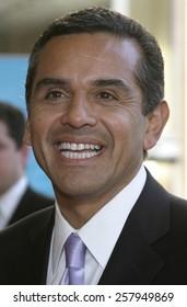 HOLLYWOOD, CALIFORNIA. June 28, 2005. Antonio Villaraigosa at the 2005 BET Awards at the Kodak Theater in Hollywood.