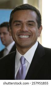 HOLLYWOOD, CALIFORNIA - June 28 2005. Antonio Villaraigora attends at the 2005 BET Awards at the Kodak Theater in Hollywood, California.