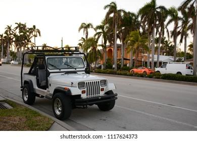 Hollywood, Florida - December, 3, 2017: Street view of Hollywood boulevard, Florida