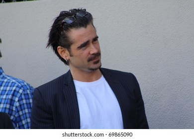 HOLLYWOOD - JANUARY 26: Actor Colin Farrell arrives at the ceremony where Donald Sutherland received his star on the Hollywood Walk of Fame on January 26, 2011 Hollywood, CA.