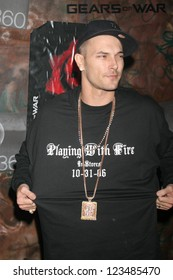 """HOLLYWOOD - OCTOBER 25: Kevin Federline at the launch for the Xbox 360 game """"Gears of War"""" on October 25, 2006 at Hollywood Forever Cemetery, Hollywood, CA."""