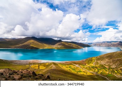 Holy Lake in Tibet (Yamdrok Lake)