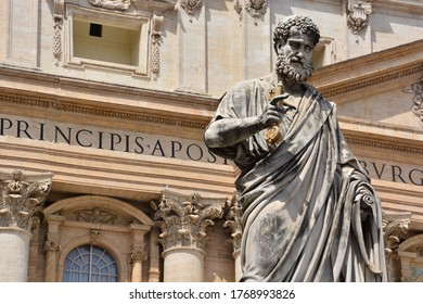 Holy See, Vatican City, St.Peter square. 			Detail of the Statue of San Pietro made by Giuseppe De Fabris placed in front of the homonymous Basilica.