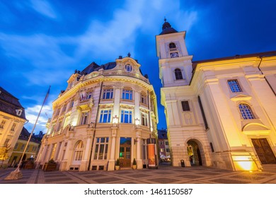 Holy Trinity Church and Sibiu City Hall on the Great Square in Sibiu. Sibiu, Sibiu County, Romania.