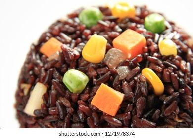 Hom Nil (black jasmine rice) with cereals on white background
