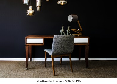 Home Decor, study set-up. Photography of : Desk, desk chair, lamp, table accessories and lighting.