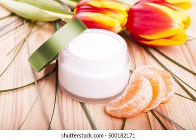 Home hand-made natural cosmetic - cream - with spring flower