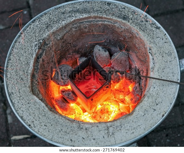 home made aluminium melting furnace successfully melts empty beer cans; diy recycling