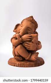 Home made eco friendly ganesha or ganpati idol for ganesh Chaturthi or festival