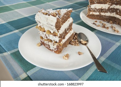 home-made-walnut-cake-on-260nw-168823997