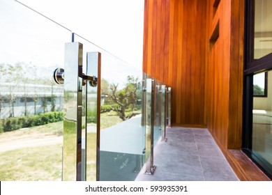 Home modern style aluminum rail and tempered glass