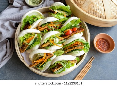 Homemade Asian vegetarian cuisine / Teriyaki & Thai Sweet Chili Tempeh Guo Bao / Healthy and delicious meals for weight watcher and light eater