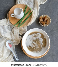 """Homemade Cantonese """"tong sui"""" or sweet soup dessert / Mung Bean Soup Dessert with Coconut Milk & Palm Sugar / Great meal after dinner to warm the stomach and rid the mouth of food odour"""