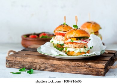 Homemade chicken burgers