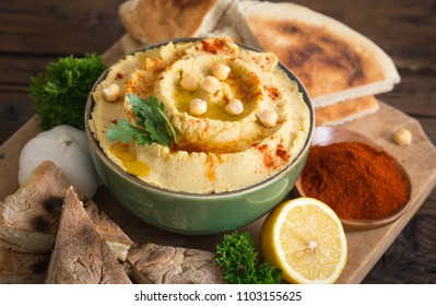 Homemade chickpea hummus with olive oil