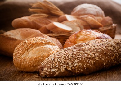 Homemade cooking made from whole wheat and grains with breads
