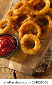 Homemade Crunchy Fried Onion Rings with Ketchup