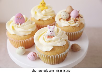 Homemade Easter eggs cupcakes, toning