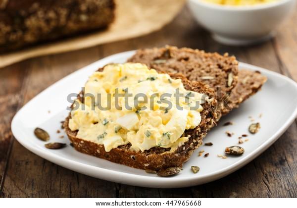 homemade egg salad with pumpkin seed bread.